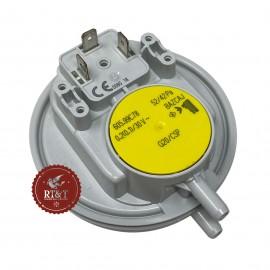 Pressostato aria fumi giallo Huba per Immergas Eolo Mini KW, Extra Intra KW, Eolo Eco KW, Zeus Maior, Zeus Superior 1010337